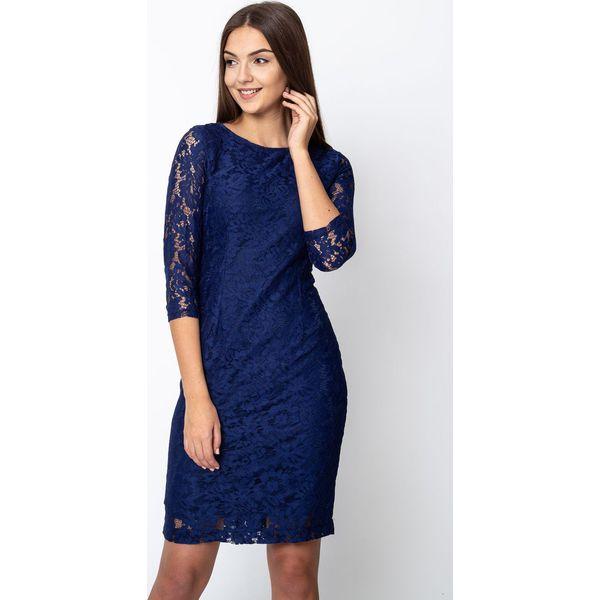 a8a879fd4d Granatowa koronkowa sukienka z rękawami 3 4 QUIOSQUE - Sukienki ...