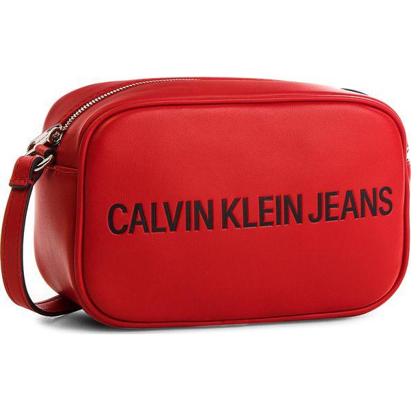 Torebka CALVIN KLEIN JEANS Sculped Camera Bag K40K400385 001