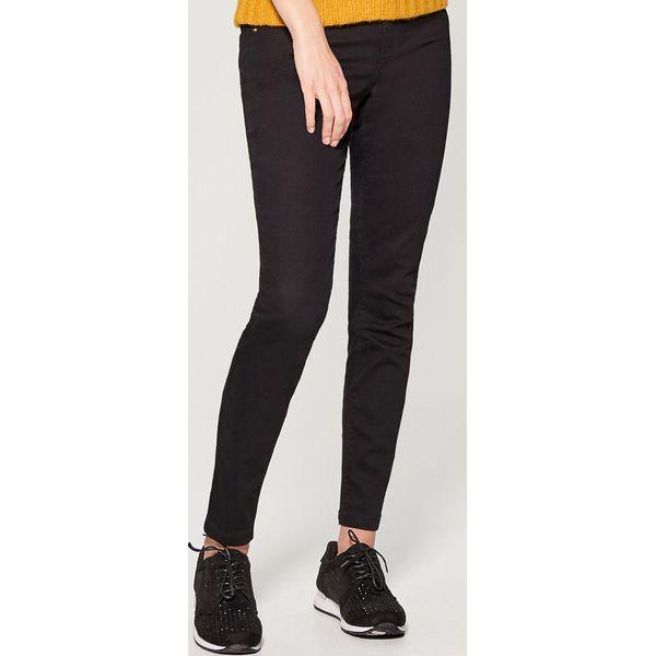 3ea353545a Materiałowe rurki - Czarny - Spodnie materiałowe damskie . Za 79.99 ...