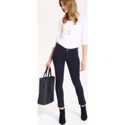 ab5c7114 Spodnie damskie materiałowe rurki - Spodnie materiałowe damskie ...