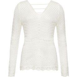 Białe swetry damskie z dekoltem w serek Kolekcja lato 2020