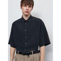 Koszule męskie ze sklepu Reserved Kolekcja lato 2020  VTLoS