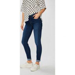 e8d34a4c13551 Jeansy damskie marki Guess Jeans - Kolekcja wiosna 2019 - Sklep ...