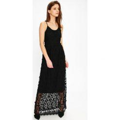 d9cfef3c8b Sukienki damskie marki Vero Moda. W wyprzedaży za 299.90