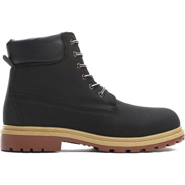 Masywnie Czarne Trapery Perambulation - Czarne buty zimowe męskie marki TJ23