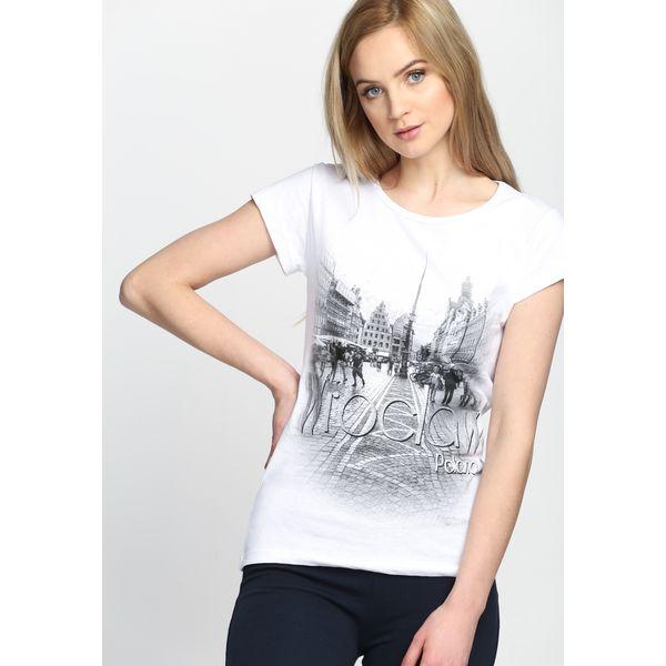 489a5b358c Biała Bluzka Must Get Out - Białe bluzki damskie marki Born2be