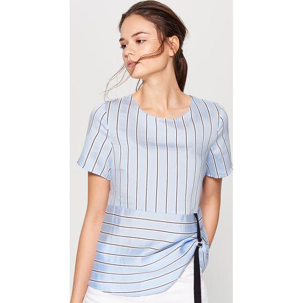 c128cccaa77882 Elegancka bluzka w paski - Niebieski - Niebieskie bluzki damskie ...