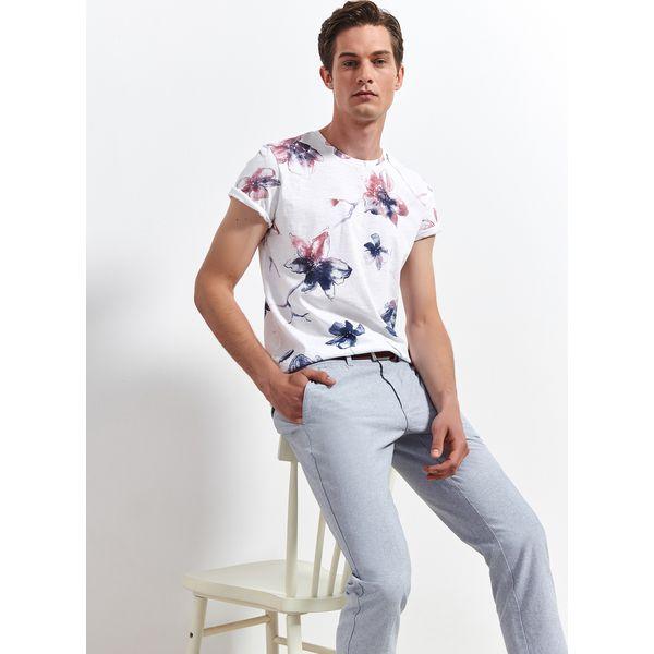 8acdf2286dccc2 T-SHIRT W KWIATY - Białe t-shirty męskie TOP SECRET, l, bez wzorów ...