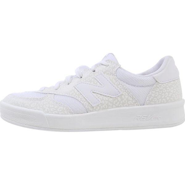 d3ba7c8e263c5 New Balance WRT300 Tenisówki i Trampki white - Białe trampki i ...