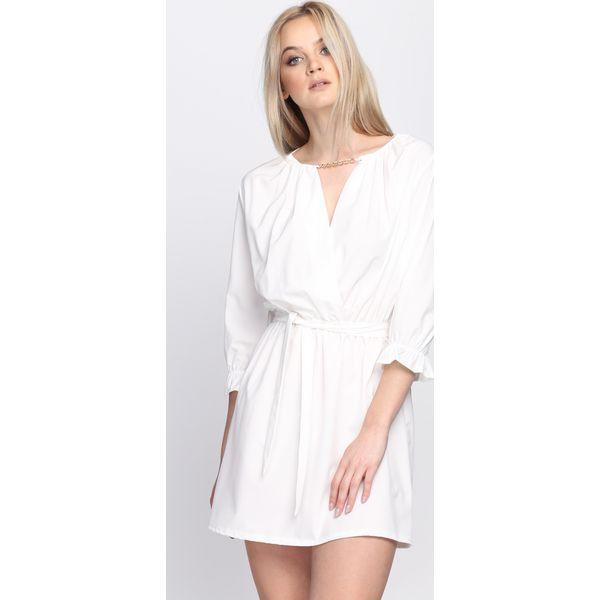 f2767af140 Biała Sukienka Perhaps - Białe sukienki damskie marki Born2be