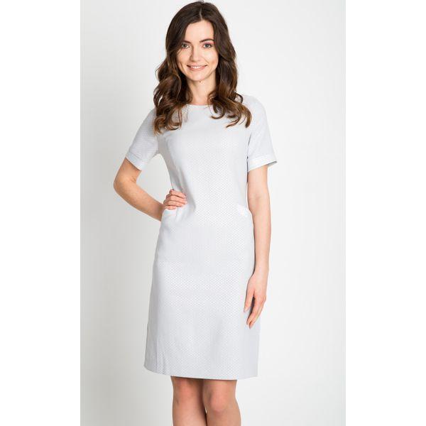 f94d3abb3d Jasnoszara sukienka z kieszeniami QUIOSQUE - Szare sukienki damskie ...
