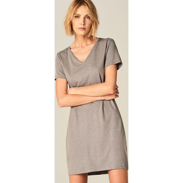 4264bf260c8d63 Sukienka z dekoltem w szpic - Szary - Szare sukienki damskie marki ...