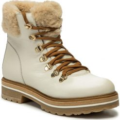 Wyprzedaż białe obuwie zimowe damskie ze sklepu eobuwie.pl
