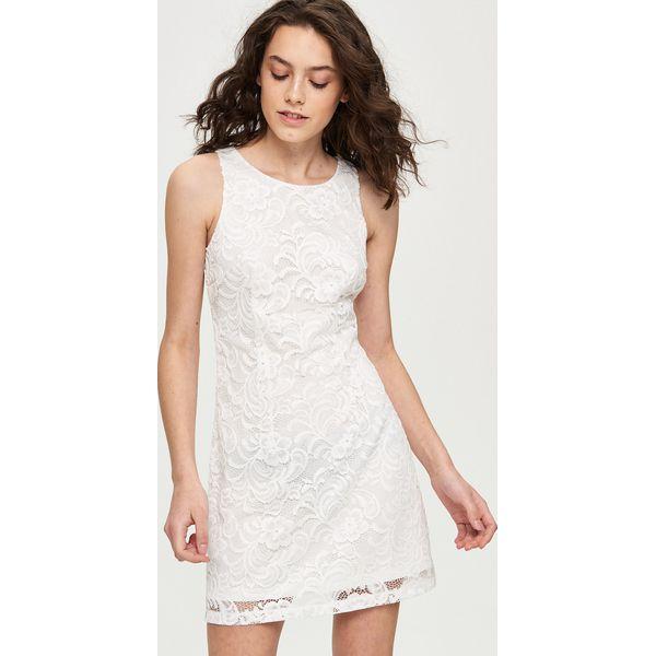 4c9c3123f8 Koronkowa sukienka - Kremowy - Białe sukienki damskie marki Sinsay ...