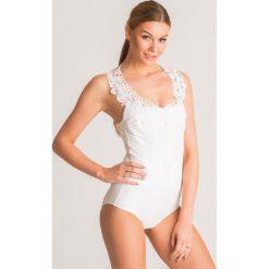 342e9212bc2c5e Biały jednoczęściowy strój kąpielowy Twinset U&B z koronką. Białe stroje  kąpielowe damskie Twinset U&B,