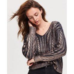 e486846873189 Błyszczący sweter - Granatowy. Swetry nierozpinane damskie marki Reserved.  W wyprzedaży za 79.99 zł