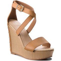 03c9e5933 Sandały damskie  Sandały TOMMY HILFIGER - Feminine Wedge Sandal Stars Studs  FW0FW02236 Summer Cognac 929