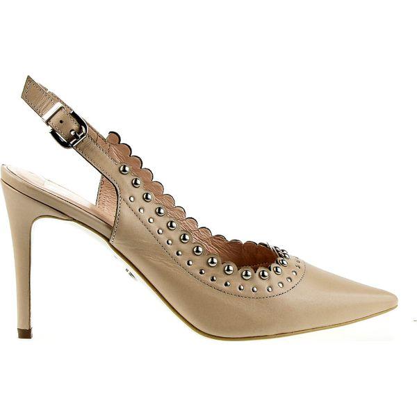 Sandały z perłami skórzane lakierowane beżowe Victoria Gotti (38)