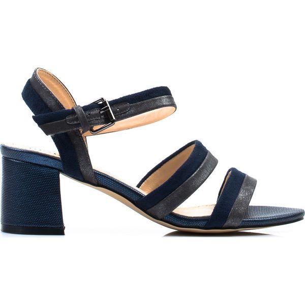Dwukolorowe sandały z paskami