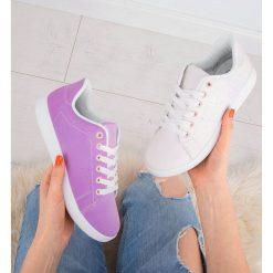 Buty zmieniające kolor za pomocą aplikacji w smarfonie