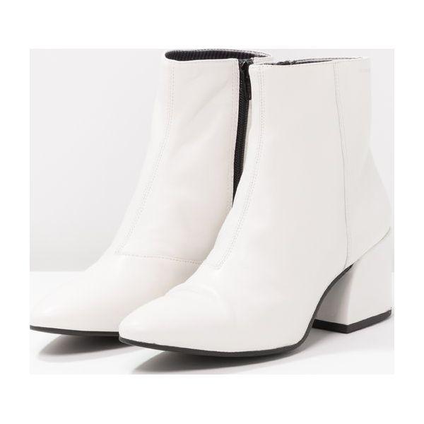 3863f2fe24ec0d Vagabond OLIVIA Botki white - Białe botki damskie marki Vagabond