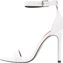 8e9ee637cc85e Calvin Klein Jeans PROSPER Sandały na obcasie white. Sandały damskie marki Calvin  Klein Jeans.