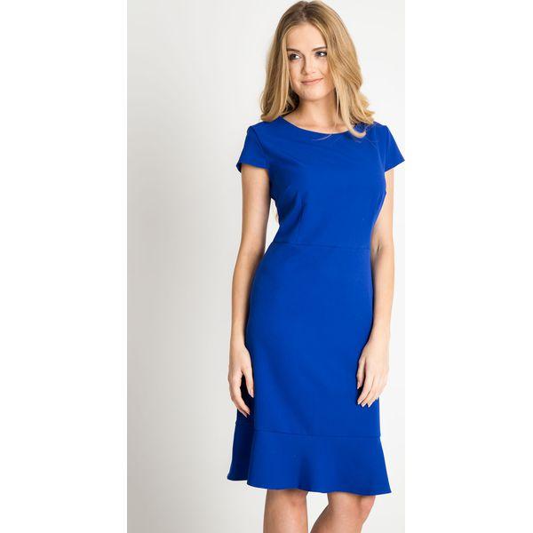 89b4c8f5e8 Kobaltowa sukienka z falbaną u dołu QUIOSQUE - Sukienki damskie ...