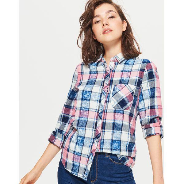 a6a93026057f68 Koszula w kratę z efektem sprania - Różowy - Koszule damskie Cropp ...