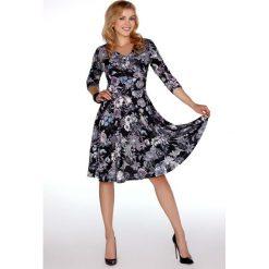 9bc272069a eleganckie sukienki midi w kwiaty - zobacz wybrane produkty. Zwiewna  Kopertowa Sukienka w Kwiaty. Sukienki damskie marki ...