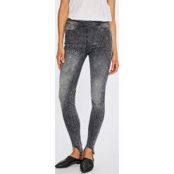 6931e68f5a437 Wyprzedaż - spodnie damskie marki Guess Jeans - Kolekcja wiosna 2019 ...