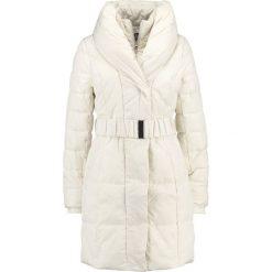 6d03139659 Wallis RACHEL Płaszcz zimowy white. Płaszcze damskie marki Wallis. W  wyprzedaży za 374.25 zł ...