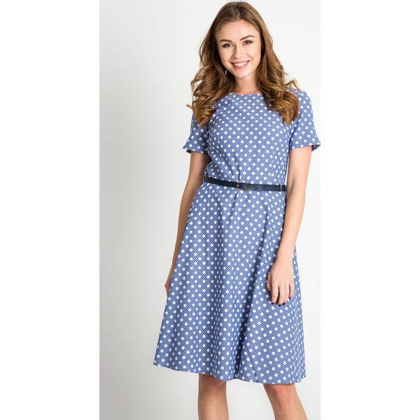 b5f732ce7593a6 Niebieska rozkloszowana sukienka w groszki QUIOSQUE - Sukienki ...