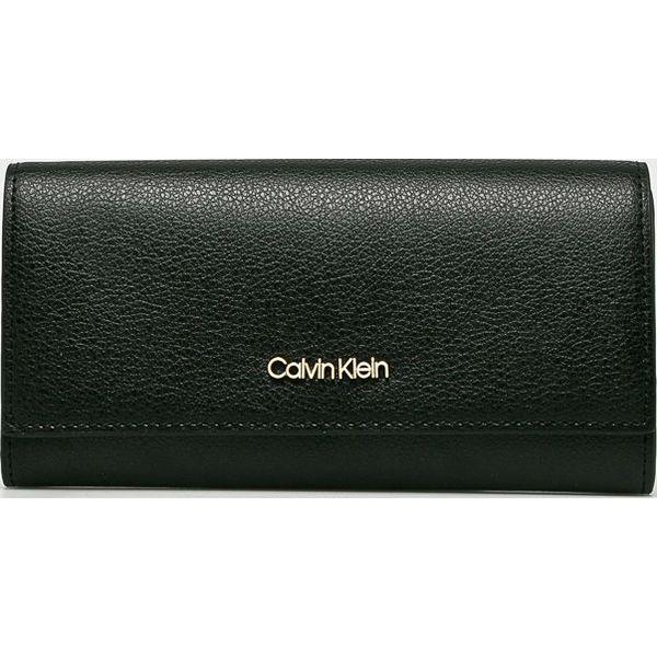 870f8da71c675 Calvin Klein - Portfel - Czarne portfele damskie marki Calvin Klein. Za  269.90 zł. - Portfele damskie - Akcesoria damskie - Akcesoria - Sklep Radio  ZET