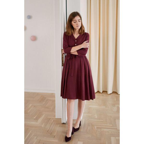 f31b550598 Sukienka Alodia bordowa - wiskoza z rayonem 32 bordo - Czerwone ...