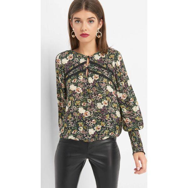 orsay-bluzka-w-kwiaty-z-haftem.jpg