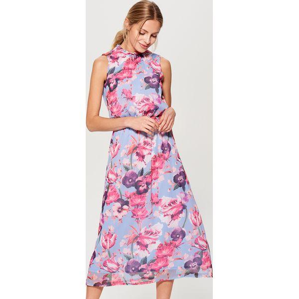 6aba367d18 Długa sukienka w kwiaty - Wielobarwn - Różowe sukienki damskie marki ...