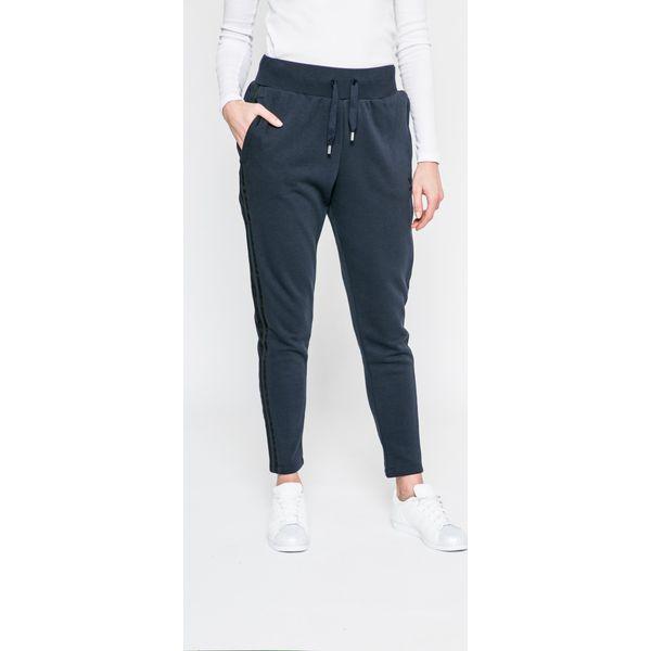78cf78f2c6ab adidas Originals - Spodnie - Spodnie dresowe damskie marki adidas ...