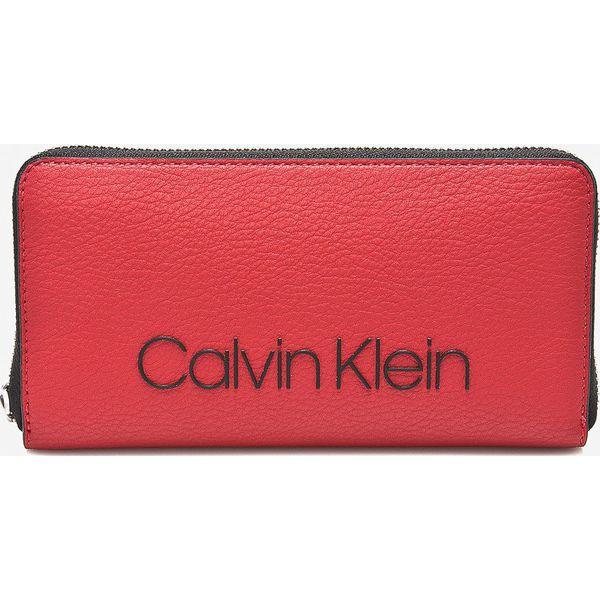 6a402e9583ddd Calvin Klein - Portfel - Różowe portfele damskie marki Calvin Klein ...