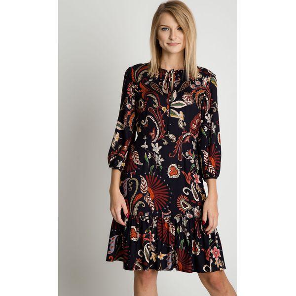 9858be70db Luźna sukienka z falbaną u dołu BIALCON - Sukienki damskie marki ...