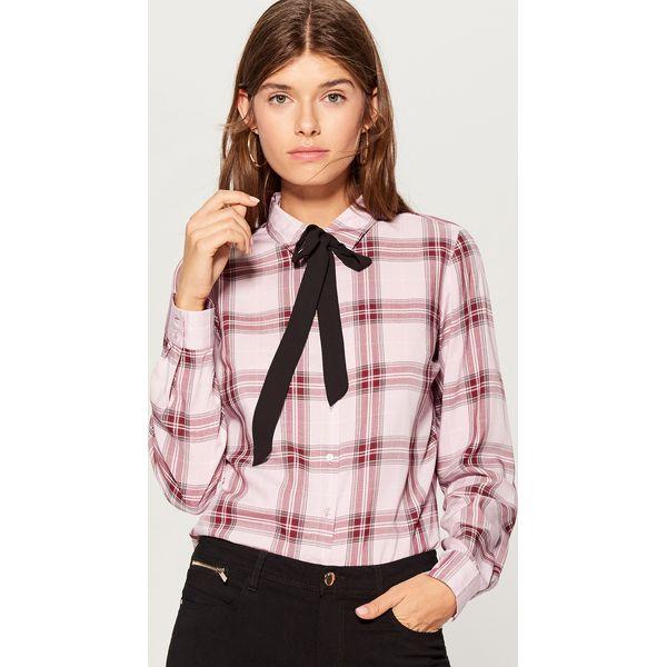 Koszula z wiązaniem przy dekolcie - Różowy - Koszule damskie marki ... 1131e40e90