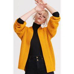 8c61a87f60f4c7 Gruby sweter z warkoczami - Swetry damskie - Kolekcja lato 2019 ...
