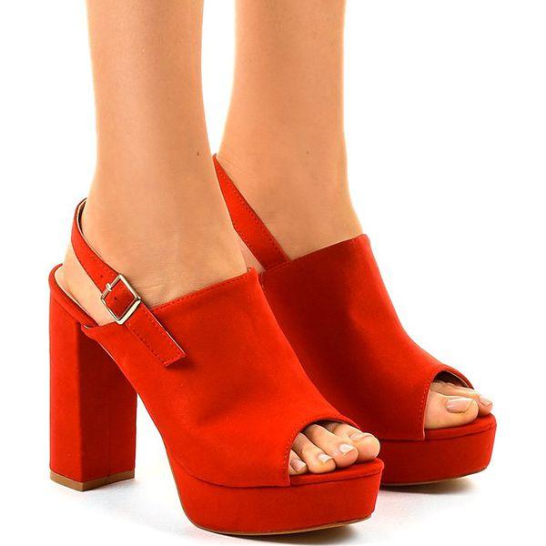 Czerwone sandały na obcasie z cholewką 9R05 Czerwone