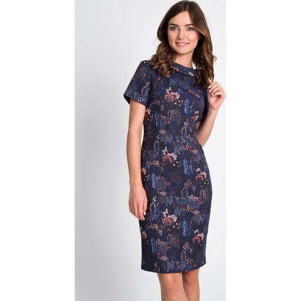 e5a10db594 Granatowa ołówkowa sukienka QUIOSQUE - Szare sukienki damskie marki ...