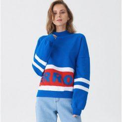f7c19778938ccd Bluza oversize z napisem - Niebieski. Bluzy damskie marki House. W  wyprzedaży za 49.99