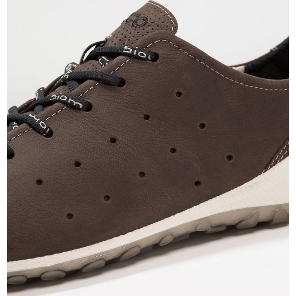 6f31a329 ecco BIOM LITE Tenisówki i Trampki birch/black - Brązowe buty ...