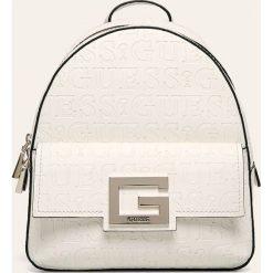 Torebki i torby młodzieżowe Guess, kolekcja wiosna 2020
