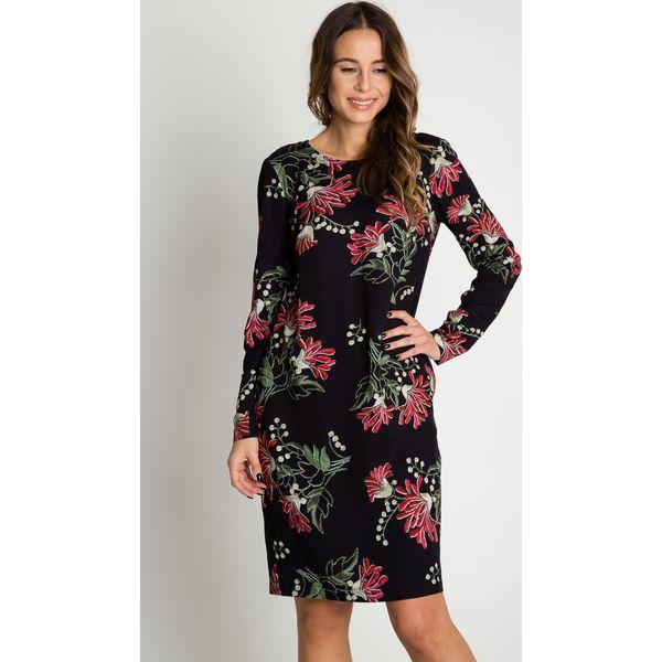 d4cd62080ce6 Prosta sukienka z wiązaniem na karku BIALCON - Sukienki damskie ...