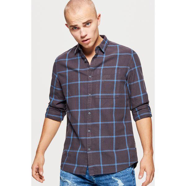 64fd8e2f4fa297 Koszula w kratę - Szary - Koszule męskie marki Cropp. W wyprzedaży ...