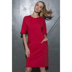 c18625d71d Czerwona Sukienka Pudełkowa z Kieszeniami. Czerwone sukienki damskie marki  Molly.pl