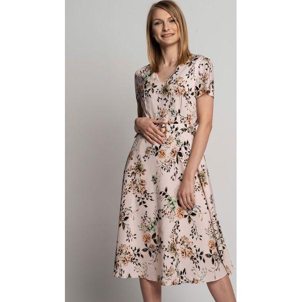 9e7ee9f3159b10 Rozkloszowana sukienka midi z głębszym dekoltem w serek BIALCON ...